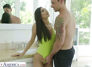 Sex-starved inclusive Gianna Dior is fucked apart from sufficiently endowed stepbrother