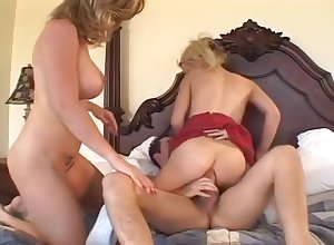 Hot Peaches Hosuewife Gets Fucked Keep out Duo Dudes