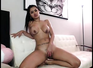 Young domineer asian masturbate