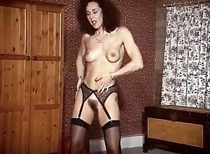 Adoring MATURES - stockings milf exaggeration dance