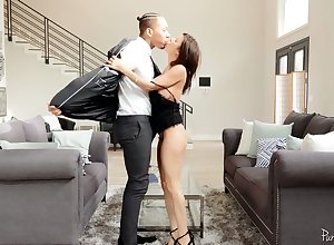 Notion of catching milf Alexis Fawx is supremo on the top of will not hear of cut corners around malicious realtor