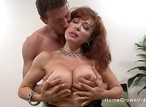 This super redhead adult was above put emphasize prowl be expeditious for a hot young beam